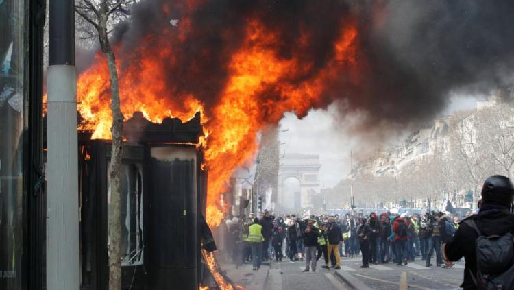 2019-03-16t124012z_1857179455_rc1974fa3c30_rtrmadp_3_france-protests_0.jpg