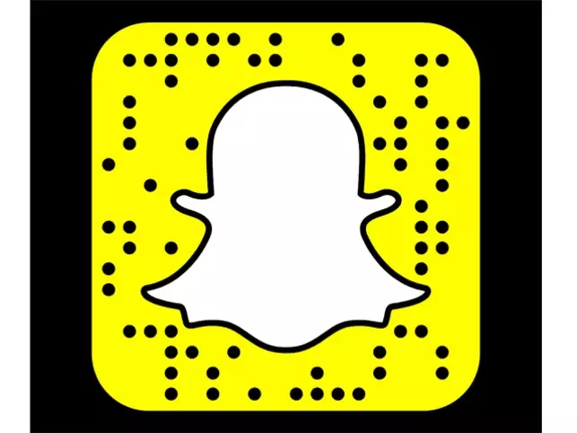 snapchat-users-rejoice-the-app-is-finally-removing-its-controversial-redesign-in-latest-update.jpg