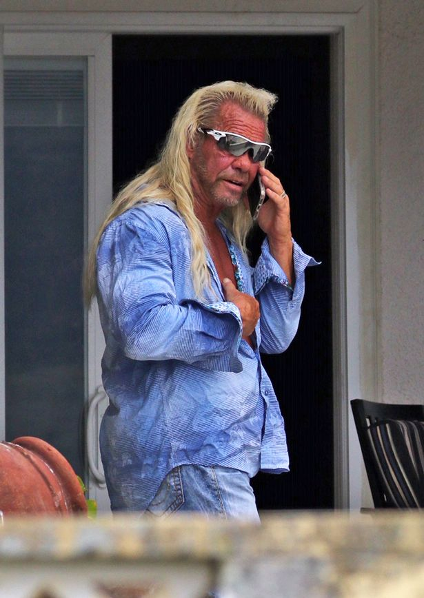 1_Duane-Dog-Chapman-is-seen-for-the-first-time-since-the-tragic-passing-of-his-with-Beth-Chapman-wh.jpg