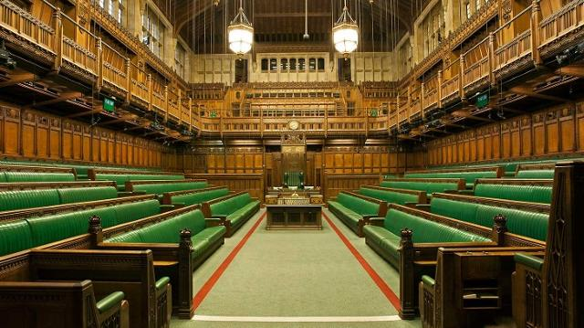 houses-of-parliament-house-of-commons-chamber-d037ae0815510a7b8a8832d0e0e7fa00.jpg