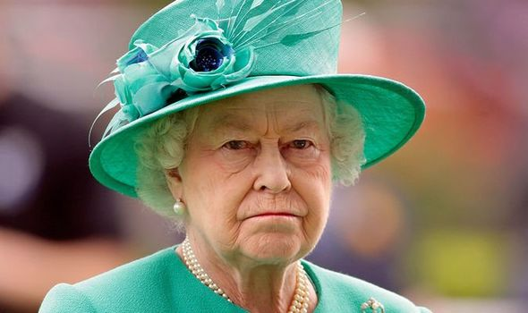 the-queen-eliabeth-ii-england-crown-today-news-latest-royal-family-1180775.jpg